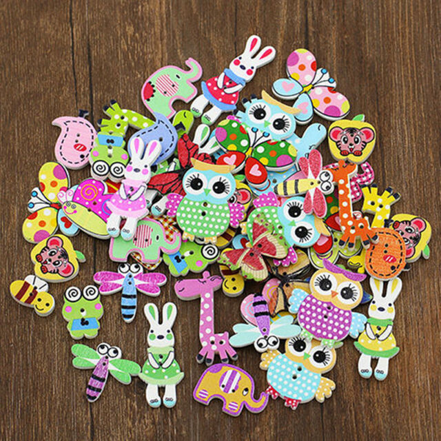 50Pcs Mixed Bulk Animal 2 Holes Wooden Buttons Sewing Craft Scrapbooking DIY New