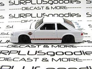 Maisto 1//64 1993 ford mustang svt cobra white harley davidson  NIB