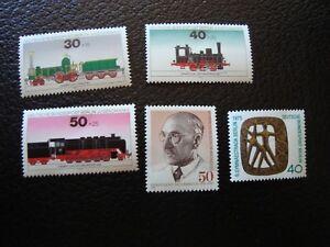 Germany-Berlin-stamp-Yvert-Tellier-N-452-454-456-457-Fold-N-MNH-COL4