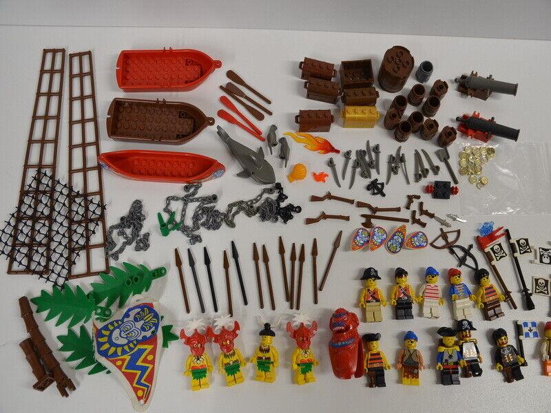 40 ) LEGO Set 15 Figuren Piraten mit Zubehör Waffen Stiefele Kanonen Hai Fässer