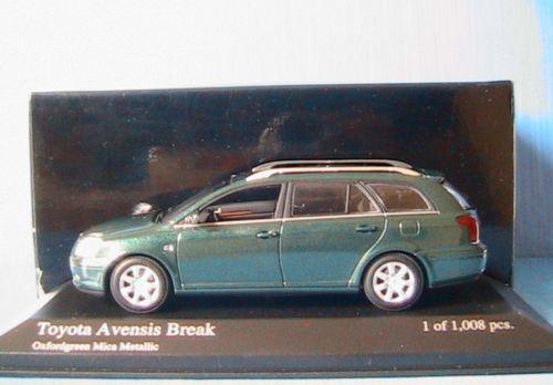 TOYOTA AVENSIS BREAK 2002 vert vert vert METALLIC MINICHAMPS NEW 795ef8
