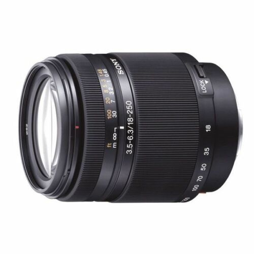 1 of 1 - Excellent! Sony DT 18-250mm f/3.5-6.3 SAL18250 - 1 year warranty