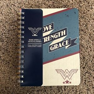 Set-Of-4-Wonder-Woman-Notebooks-Journals-DC-Comics-Planners