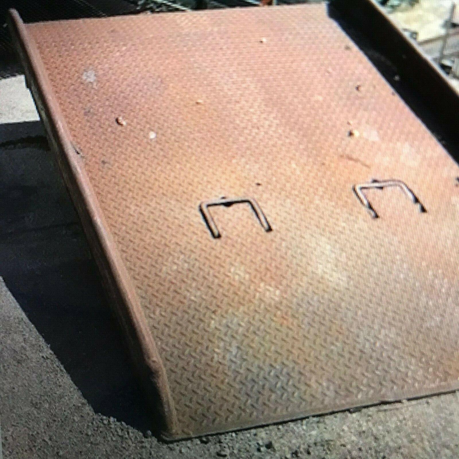 60X72-15,000 Bluff Red Pin Dockboard