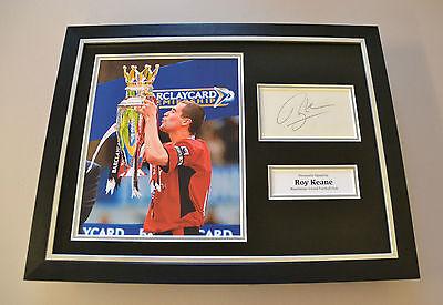 Roy Keane Signed Framed 16x12 Photo Autograph Man Utd Memorabilia Display + COA