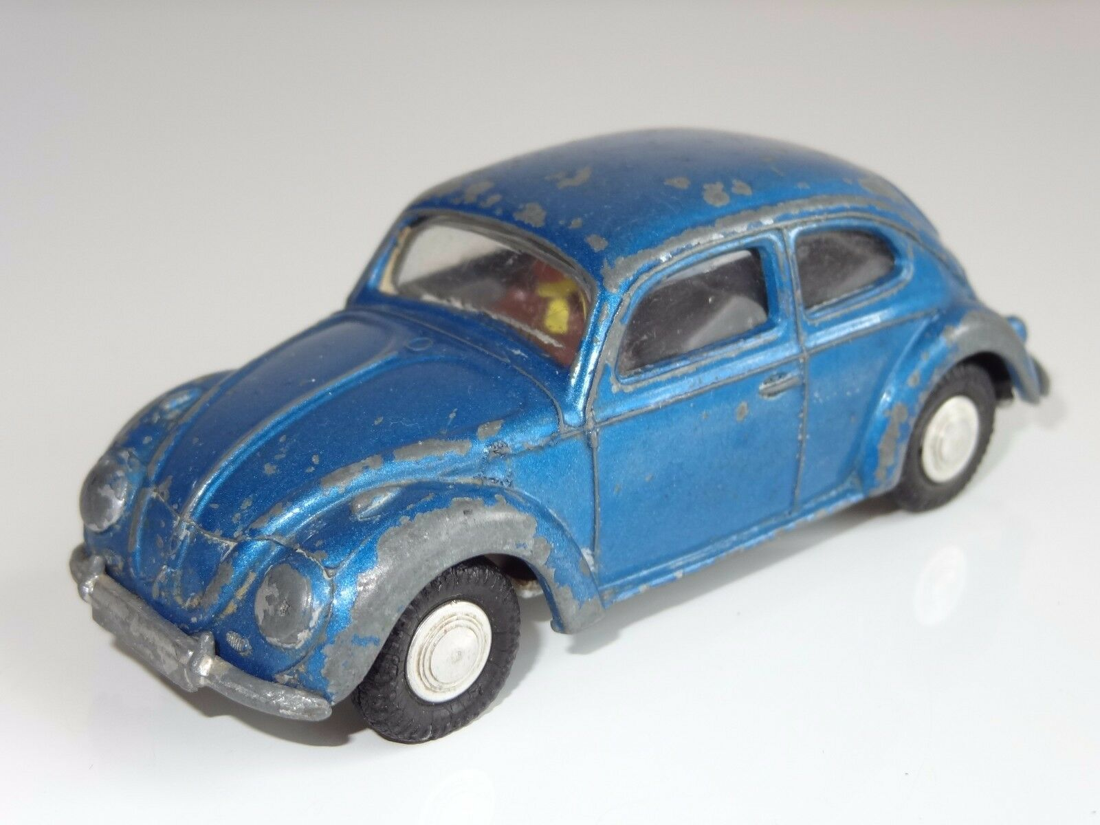 V  TRIANG Spot On VW Volkswagen Beetle 1200 - 307