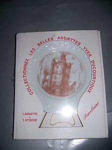 Superbe-assiette-de-collection-et-son-support-neuve-dans-l-039-emballage