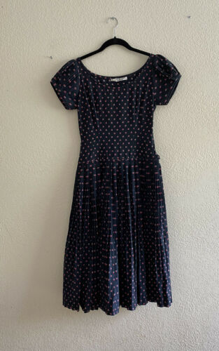 Youth Guild of NY Vintage Classic Dress Pleated Fi