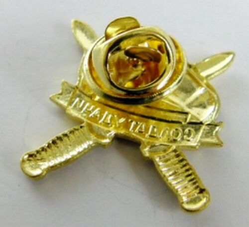 Soldier of Fortune Russian Spetsnaz Commando Military Lapel Pin Badge 22 x 22mm