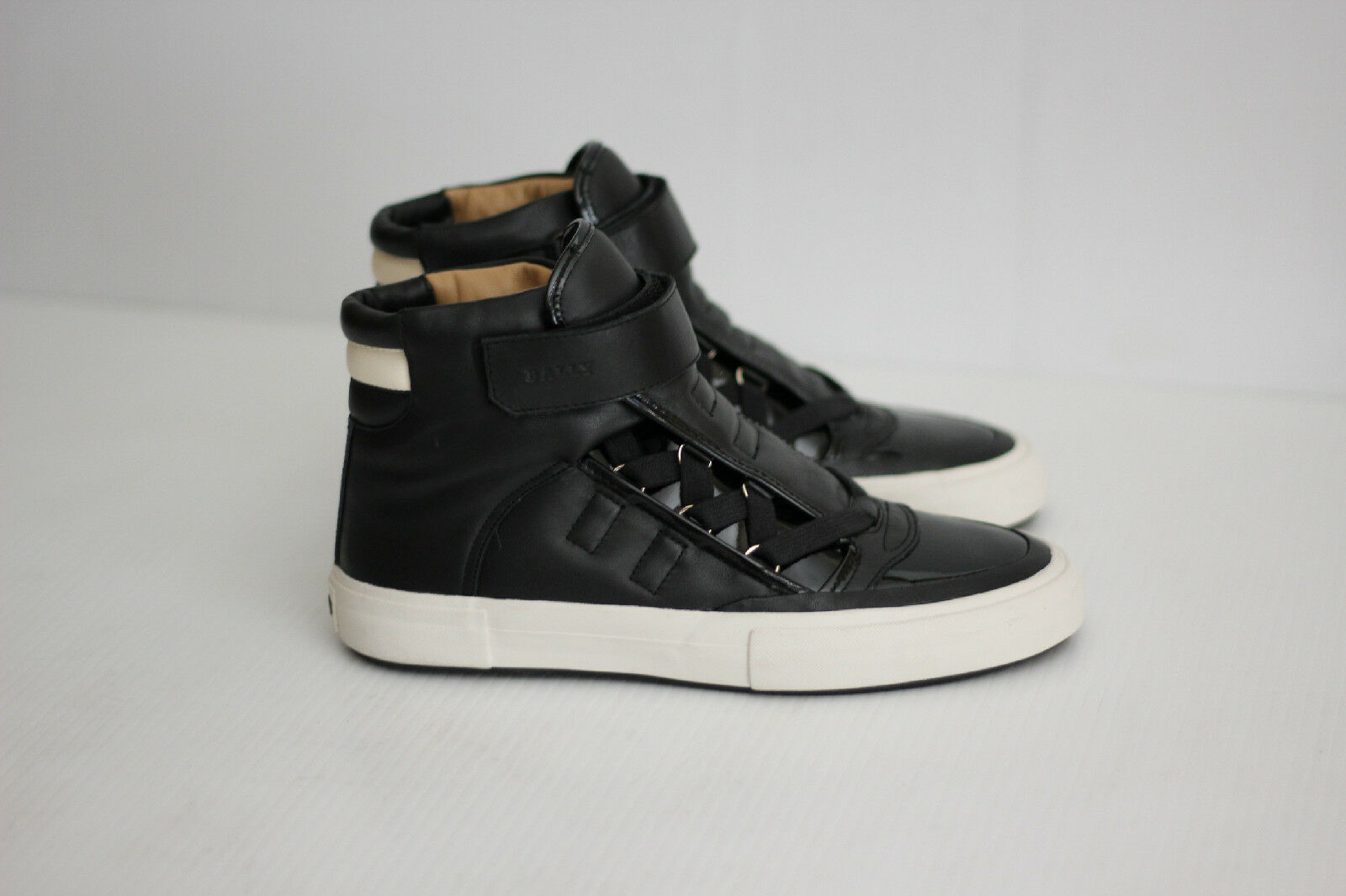 NEW Bally 'Gank Eartly' High Top Sneakers - Black / White - Size 6.5 D  (B14)