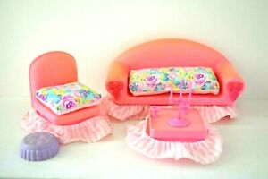 Vintage-Barbie-Doll-Pretty-n-pink-furniture-1980s-Sofa-Chair-etc-Complete-Rare