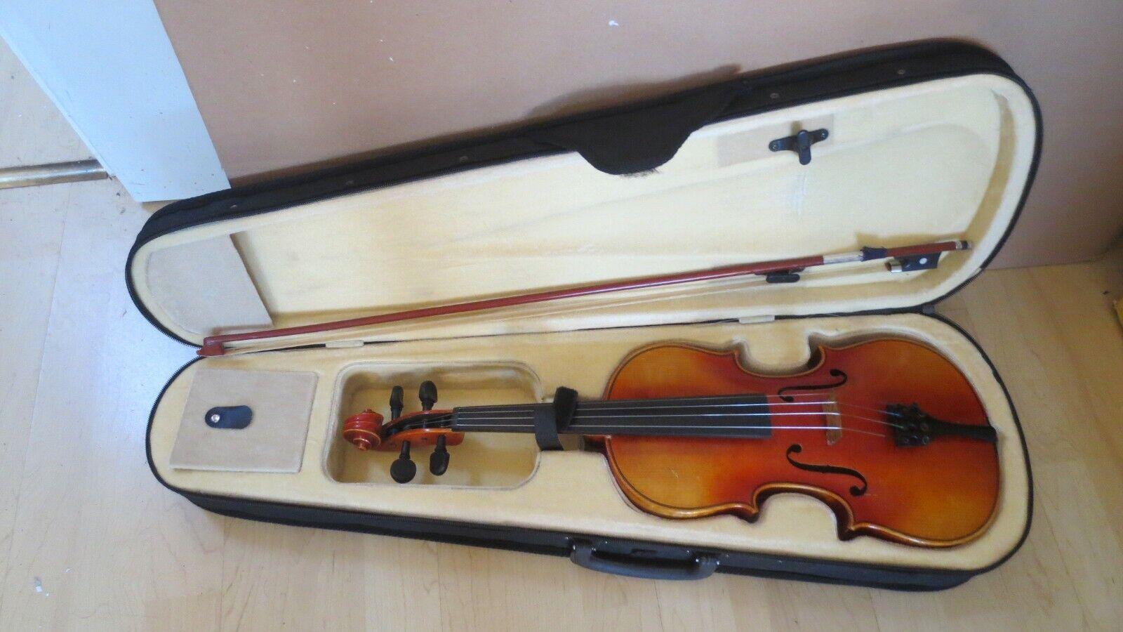 Geige Violin. Copy of Joseph Guarnerius  mit koffer und bogen