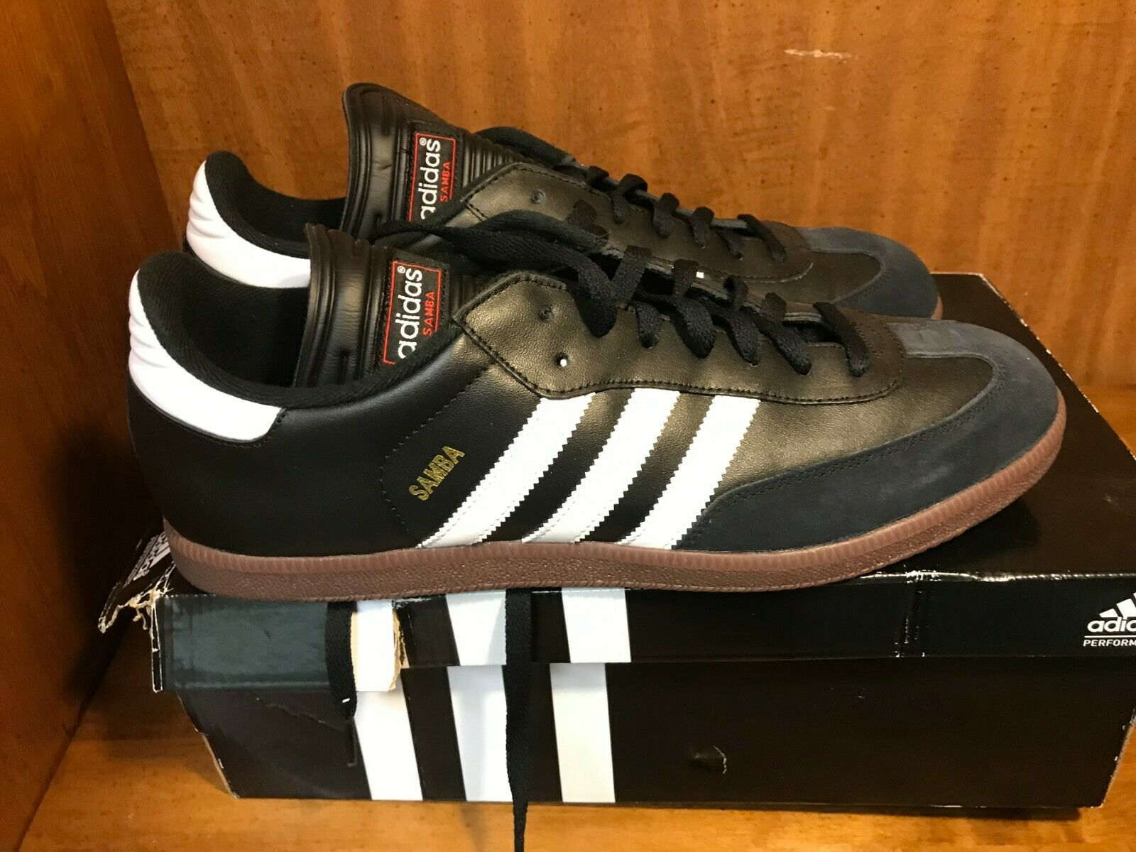 Men's Adidas Samba Black White Sz. 13.5 NEW WITH BOX
