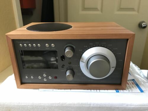 New Tivoli Model Satellite AM FM Sirius Radio