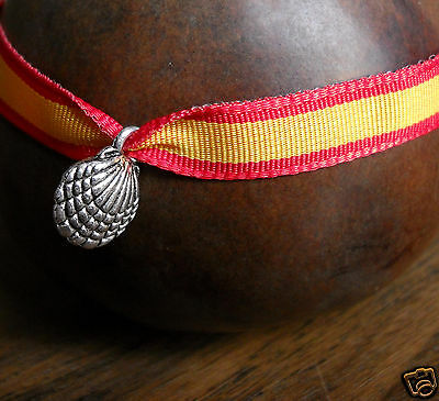 Camino de Santiago St James Jean Pilgrim Spain Flag - Scallop Shell Bracelet New