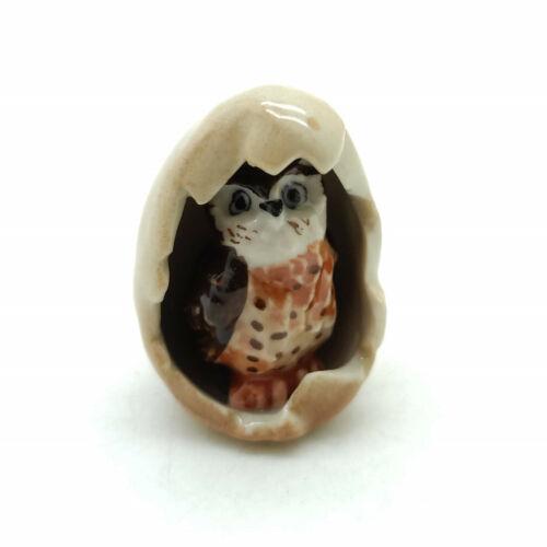 CBO013 2 Owl Bird Ceramic Figurine Animal in Egg Statue