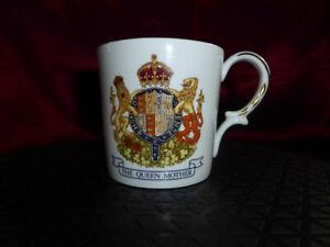 Vintage-QUEEN-ELIZABETH-QUEEN-MOTHER-80th-Birthday-MUG-CUP-Aynsley-80-Royal-Ware