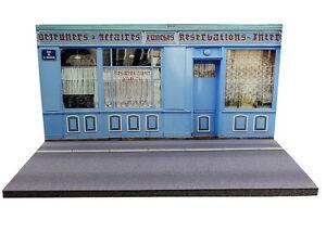 Diorama-Restaurant-francais-French-restaurant-1-43eme-43-2-C-C-008