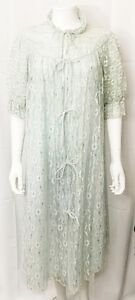 Vintage-Peignoir-Robe-Light-Blue-Aqua-Lace-Silver-Mid-Century-size-36