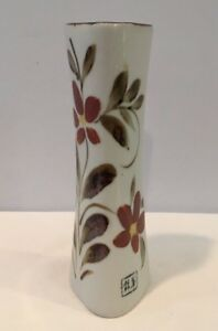 Vintage-Japanese-Porcelain-Bud-Vase-Triangular-Floral-Made-In-Japan-With-Sticker