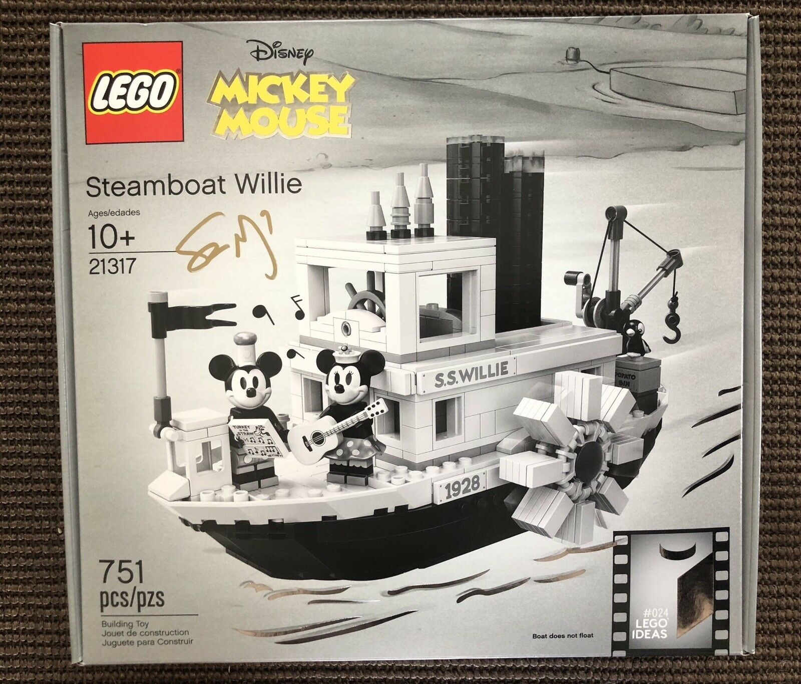 Lego Ideas Steamboat Willie 21317 AUTOGRAPHED SIGNED   ERROR BOX  Ready To Ship