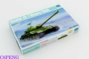 Trumpeter-05586-1-35-Soviet-JS-7-Heavy-Tank-Hot