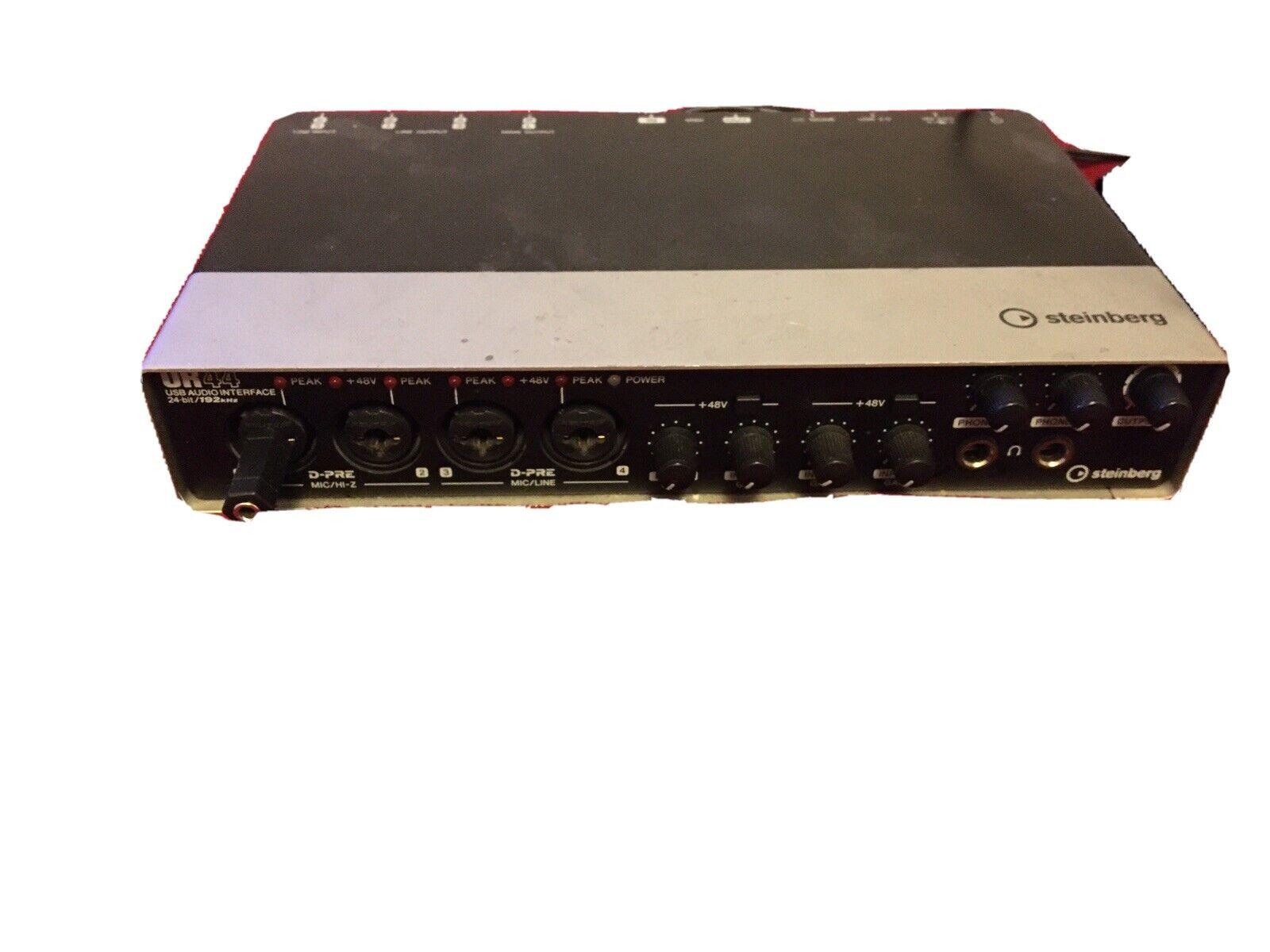 Focusrite Scarlett Studio USB Audio Interface Recording Package