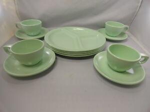 Image is loading Vintage-Melamine-Melmac-Boonton-Dinnerware-Spring -Lime-Green- & Vintage Melamine Melmac Boonton Dinnerware Spring Lime Green (12pcs ...
