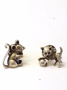 Adorable-Cat-and-Mouse-Tack-Pins-Vintage-Jewelry