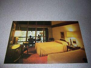 1960s-GUEST-ROOM-at-LAKE-BARKLEY-STATE-PARK-CADIZ-KENTUCKY-VTG-VTG-POSTCARD
