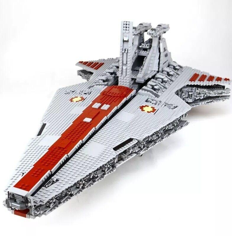 UCS Republic Star Destroyer Cruiser Venator MOC 6125 pz. - compatibile Star Wars