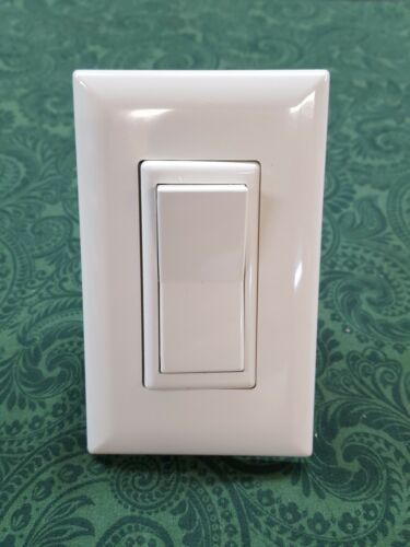 TOGGLE LIGHT ALMOND//IVORY MOBILE HOME SELF CONTAINED DECORATOR LIGHT SWITCH