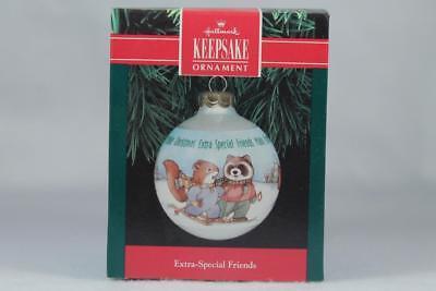 "Hallmark /""Christmas Welcome /"" Ornament  Dated 1991"