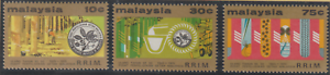 64-MALAYSIA-1975-RUBBER-RESEARCH-INSTITUTE-SET-3V-FRESH-MNH-CAT-RM-17