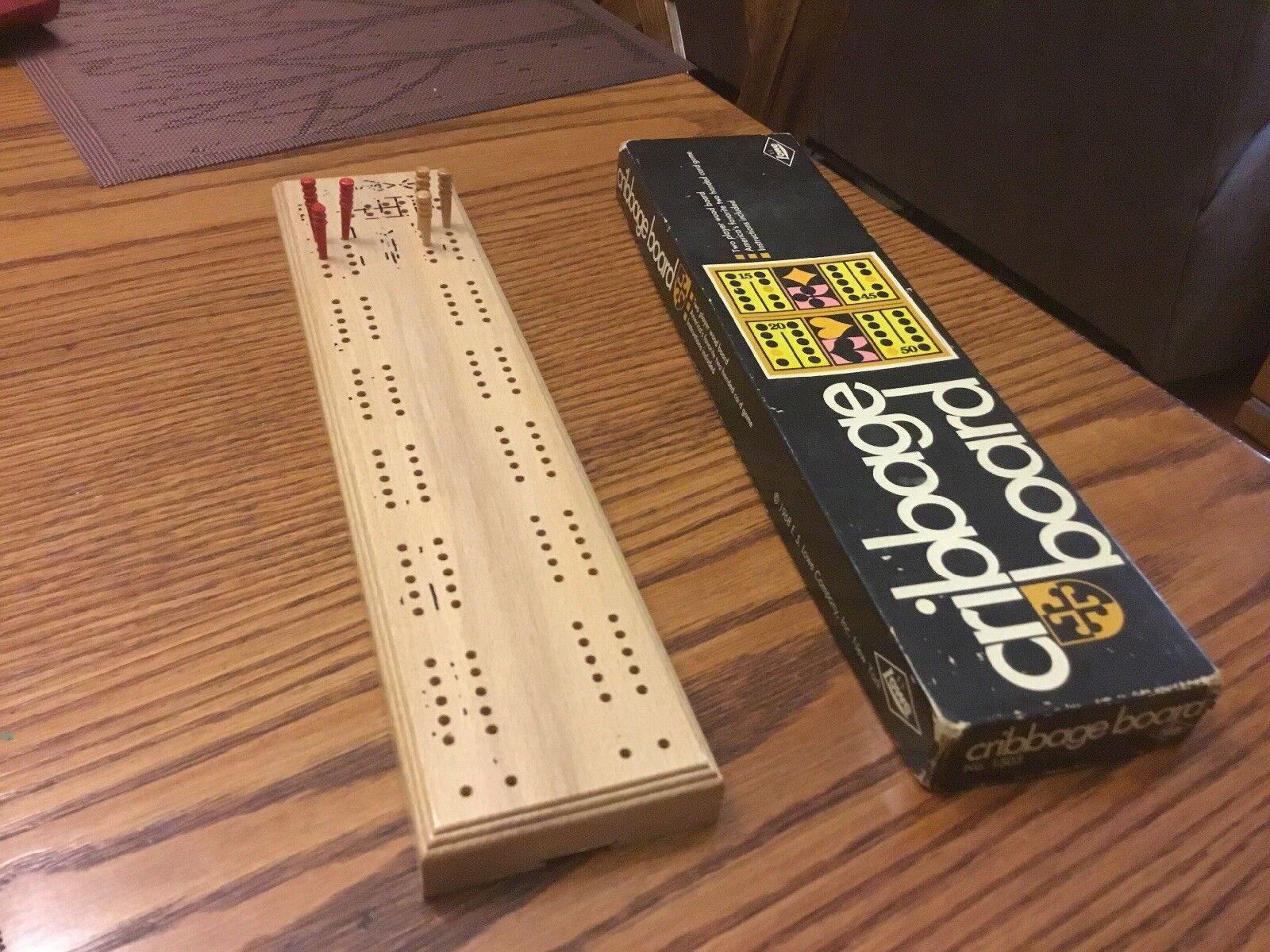 VINTAGE Wooden 1968  Cribbage Wooden VINTAGE Game Board  E.S. Niedrige L@@k 12fba8