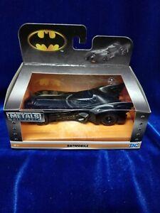 Jada-Batman-1-32-1989-Batmobile-Michael-Keaton-version