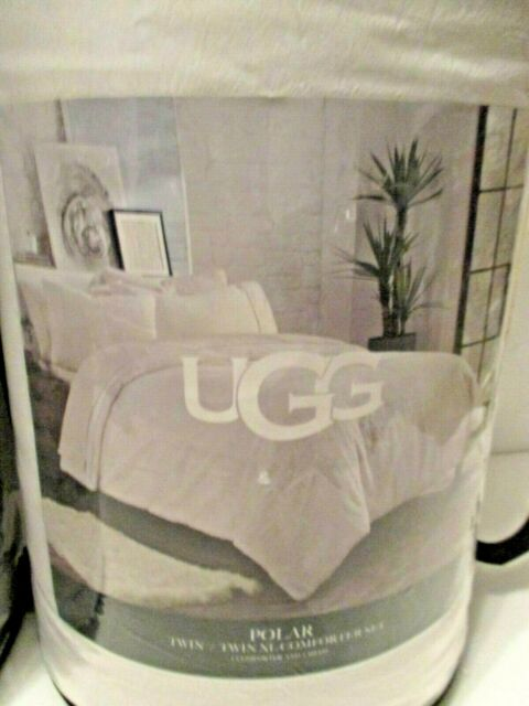 UGG® Polar Reversible Twin//Twin XL Comforter Set in Snow White