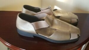 Gold Leather Fisherman Sandals Size