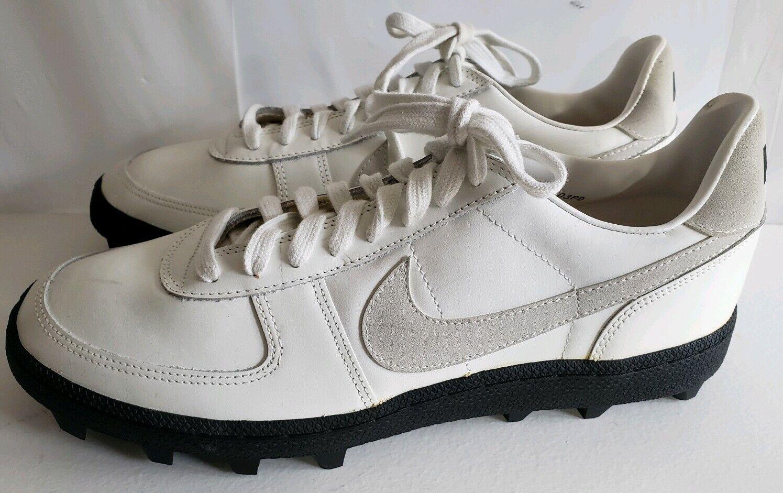 Vintage NIKE 1980 -talet vit Cleats skor skor skor 850103PD herr 12 Ny med slitage på hyllan  tidlös klassiker