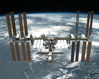 Outer Space International Space Station Above Planet Earth 8 X 10 Photo Ps1