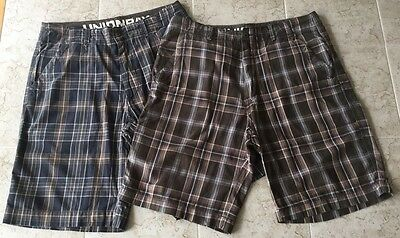 Pair UNION BAY Men's Plaid Shorts Size 34 100% Cotton.              #1427