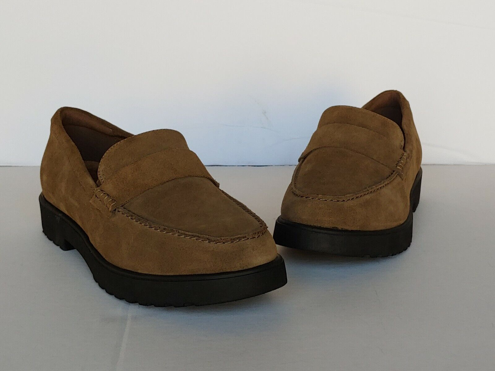 Clarks Artisan Suede Cleated Loafers - Bellevue Hazen Olive Wouomo Dimensione 8 New