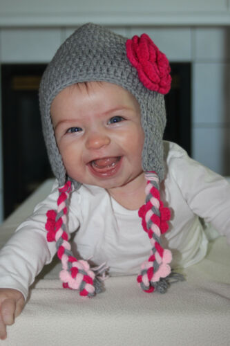 HANDMADE CROCHET KNIT HATS FOR BABIES /& KIDS-GRAY WITH PINK VINE-SIZES 0-6 YRS
