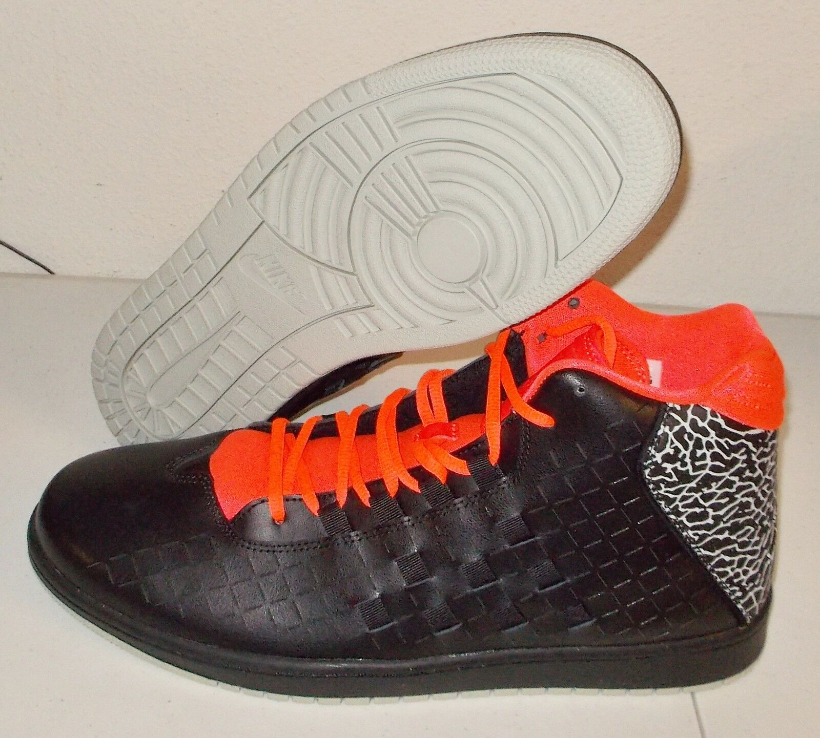 NEW NIKE JORDAN ILLUSION Black INFRARED MENS 13 Basketball Woven retro cement NR Casual wild