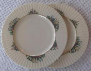 Lenox-RUTLEDGE-2-Salad-Plates-Gold-Backstamp-P-303-A-CONDITION-previously-owned