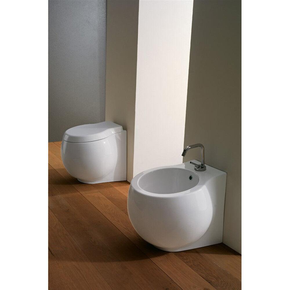 Coppia di Sanitari Vaso + Bidet a terra design Planet in Ceramica blanc