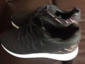 c499cf7d31b5 New Nike Roshe Tiempo IV FC Running Foamposite Soccer 852615-005 ...