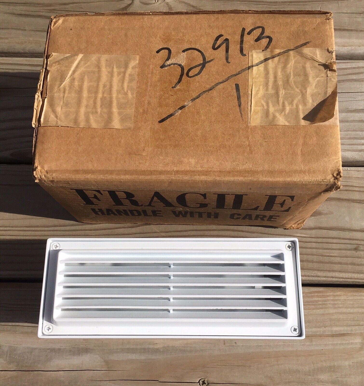 Hadco Outdoor Deck Step Light Weiß 120V 13W RSC2BK5F13E NOS