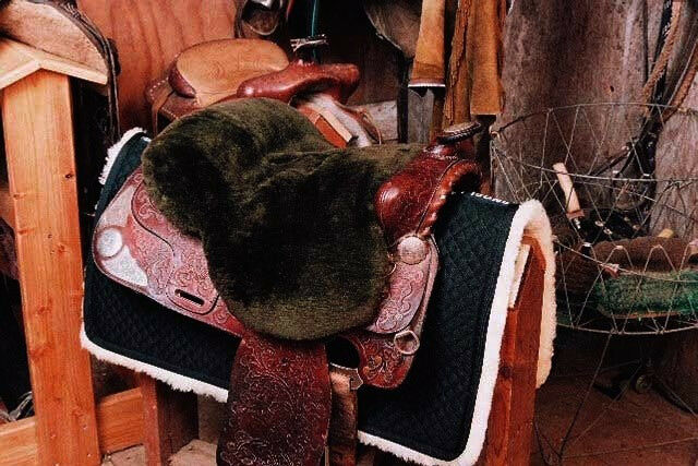 Western  Sheepskin Saddle Cover - Brown  save 50%-75%off
