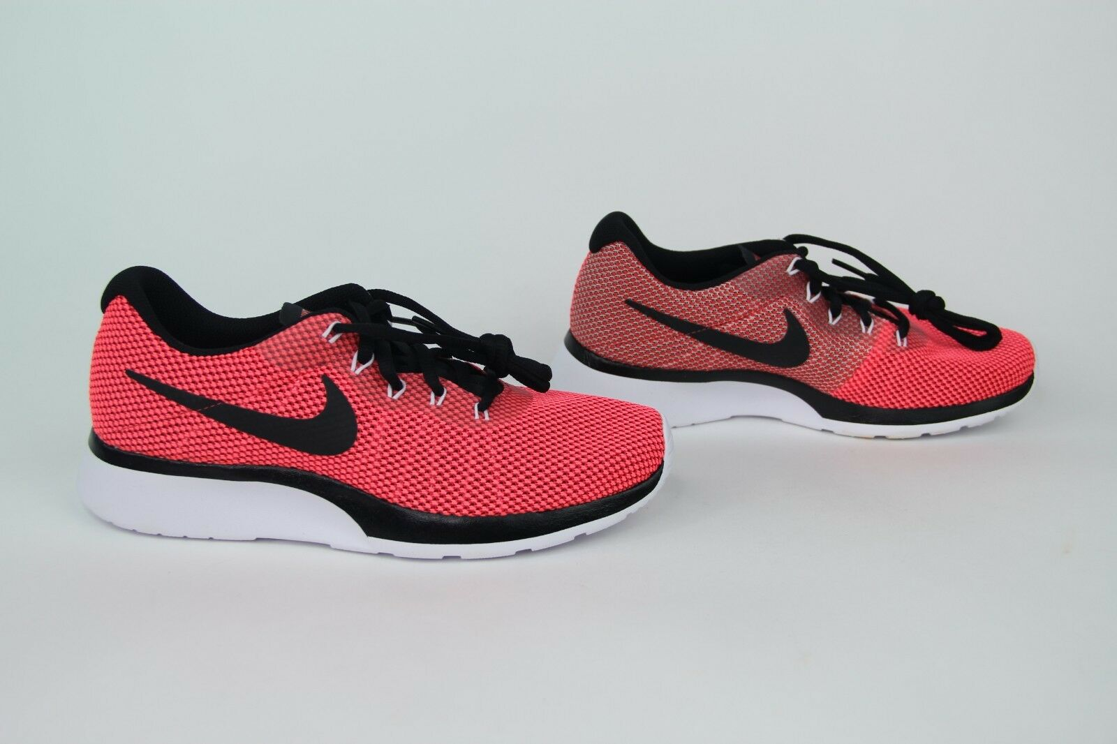 NEW NEW NEW Nike Tanjun Racer shoes Tropical Pink Black 921668-601 Women's Sz 7.5 700fda
